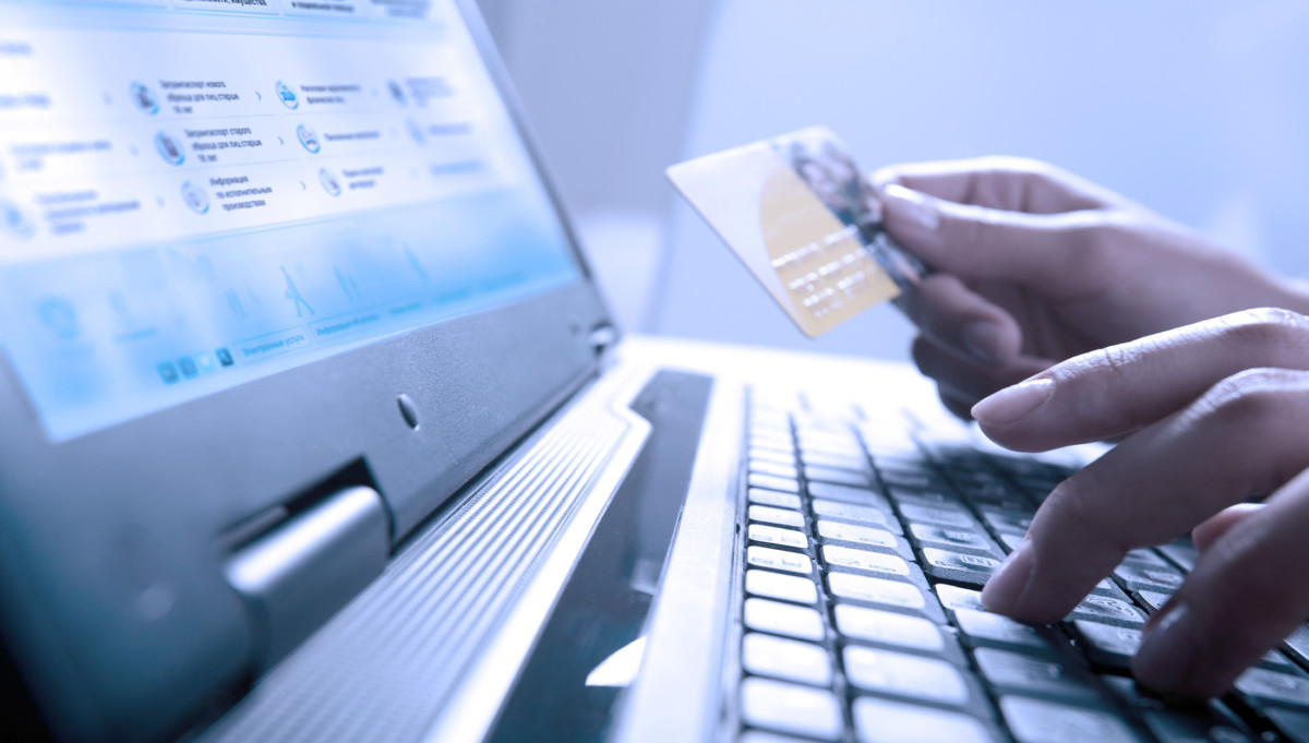 при своевременной оплате и оформлении дополнительных услуг получаете скидку в 30%